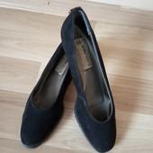 Чорні замшеві туфлі, 24,5 см по стельці, 10% знижка на УП