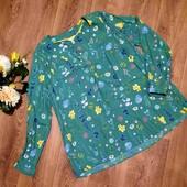 Зелёная блуза в цветочный принт, состояние новой, р.54-56. Много интересных лотов)