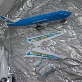 Самолет инерционый ездит на колесиках 1 на выбор
