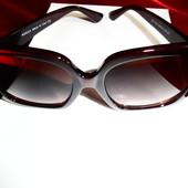 Солнцезащитные очки Gucci, шоколадный квадрат