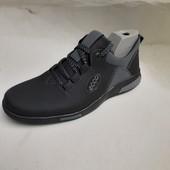 нові кроси 40-45 р шт повноміри