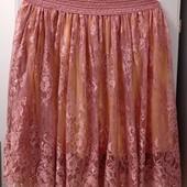 Очень красивая нарядная юбка на подкладке, из Америки. Р-р XL (наш 50-52). Состояние отличное.