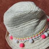Шляпка примарк с помпончиками