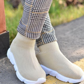 Стильные подростковые кроссовки