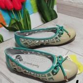Нові туфельки-балетки на дівчинку 37р устілка 22,5см