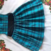 Шикарное нарядное платье на 2-4 года