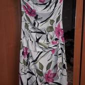 Красивое платье р.10 (40-44)ото.сост.см замеры
