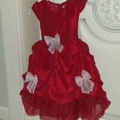 Красивенное пышное бальное платье на 2-3года