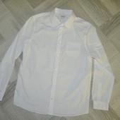 Нова . Рубашка для школи 14 років