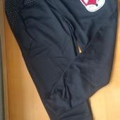 Спортивные штаны для девочки. Рост 146-152 Замеры в описании