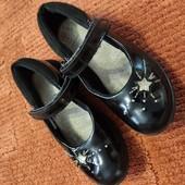 Лаковые туфли в школу от Clarks 11.5/18 см