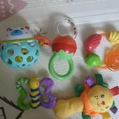 Лот игрушек для малыша, всё, что на фото