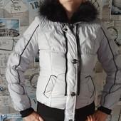 Теплая курточка 46 р
