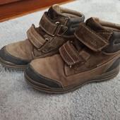 Шкіряні демісезонні черевики Geox оригінал. 33 розмір, стелька 21,5 см