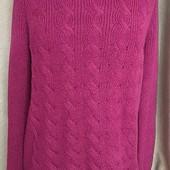 Яркий свитер с люрексом