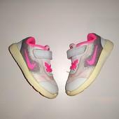 Кроссовки яркие на малышку Nike оригинал. Размер 21, стелька 12,5 см
