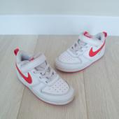 Кросівки Nike 27р (17 см), в ідеалі