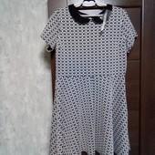 Фирменное новое трикотажное платье р.16-20