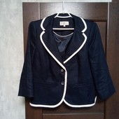 Фирменный красивый пиджак в состоянии новой вещи р.12-14