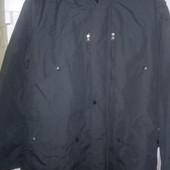 Дорогая новая качественная мужская куртка