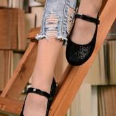 Якісні дуже зручні туфлі балетки , невесомі на ніжці
