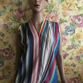 чудова яскрава блуза розмір 48