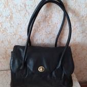 Шкіряна сумочка бренда F&F,виробник Індія,стан супер