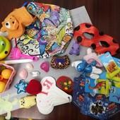 Одним лотом пакет игрушек для девочки