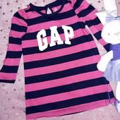 Красивое фирменное платьице в идеале,на малышку 1,5-2 годика