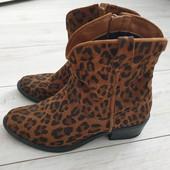 Ботиночки модный принт ,натуральная замша 38 р.Tamaris