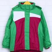 Супер качественная лыжная куртка от немецкого бренда Crivit для девочек.