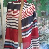Шикарные стильные яркие шарфы- .Состояние нового.