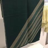 Продам новый, теплый платок шаль размер 210 на 68 см.