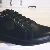 повністю шкіряні кросівки 42,44 р. шт/ ін моделі в моїх лотах!
