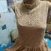 Нарядное платье из стретчевого гипюра(на подкладке) на женщину M/L,см.замеры