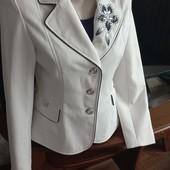 Пиджак размер 46-48.