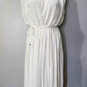 Шикарное новое платье от H&M,очень красиво сидит