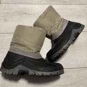 Отличные зимние сноубутсы Quechua 35-36 стелька 23 см ( на бирке 22,5 см)
