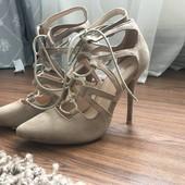 Туфлі /босоніжки 38 р